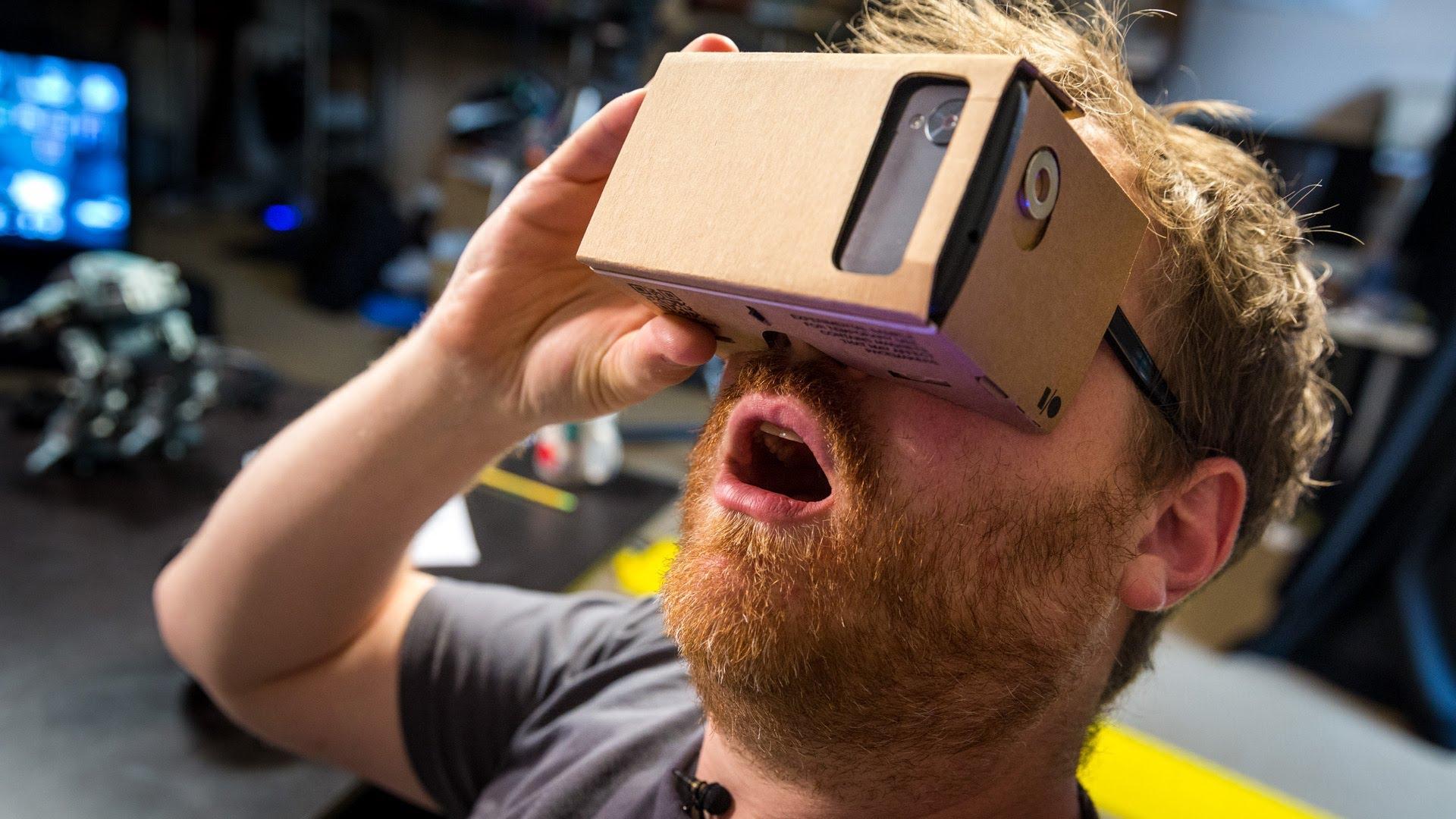 751e83e0b PC Revue | Výskúšajte si okuliare na virtuálnu realitu za 11 eur