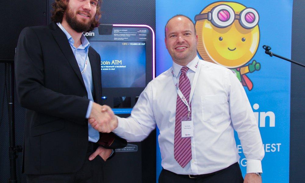 Prvýkrát vo svete v priestoroch bankovej pobočky  Bitcoinový automat na  hraniciach Slovenska 2ceb20afc49