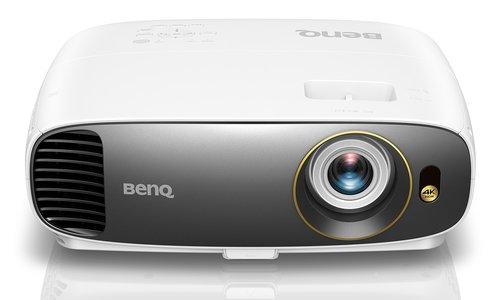 ČR  BenQ predstavuje prvý cenovo dostupný projektor pre domáce kino so  skutočným rozlíšením 4K UHD a funkciou HDR ddf15800af8