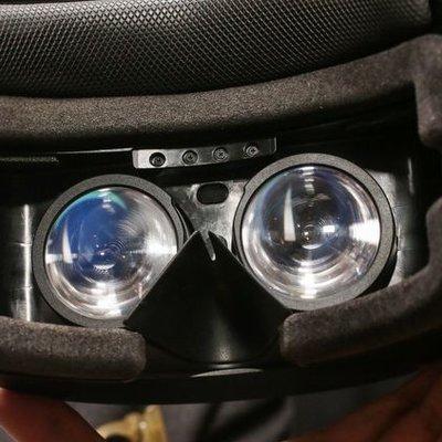 11d729bc5 PC Revue | Ako fungujú okuliare Windows Mixed Reality Headset