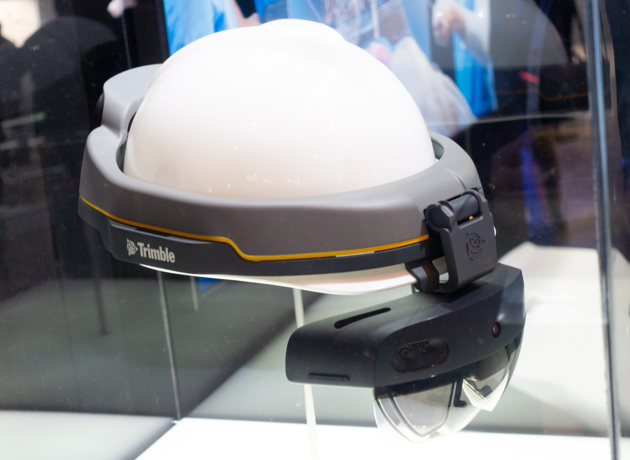PC Revue | MWC 2019: Microsoft brought Hollens 2 and Azure