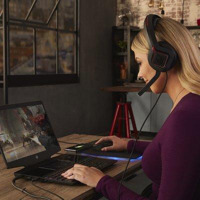ecbe4ef14 PC Revue | HP predstavuje prvý herný notebook s dvoma displejmi a nový rad  herných inovácií