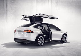 Photo ROČENKA ELEKTROMOBILITY 2019: Tesla Model X P100D