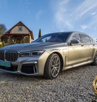 Photo BMW 745Le / Luxus s plug-inom
