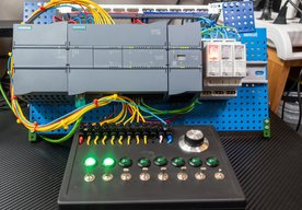 Photo PLC Siemens SIMATIC S7-1200