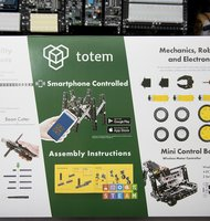 Photo IoT a robotika: stavebnica Totem Robotics Kit